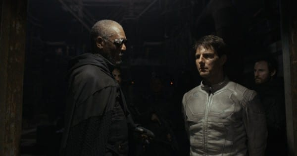 Oblivion Morgan Freeman Tom Cruise