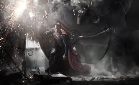 Man of Steel: First Look at Henry Cavill as Superman