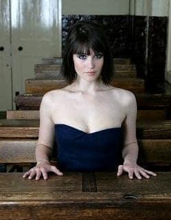 Gemma Arterton Pic