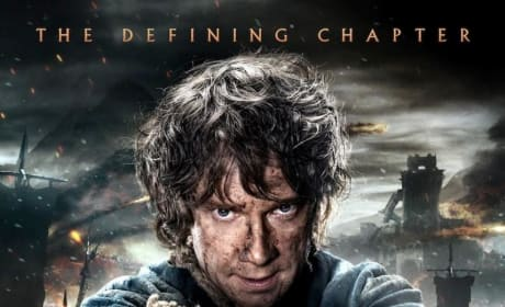 The Hobbit The Battle of the Five Armies Poster: Bilbo Brings the Sting!