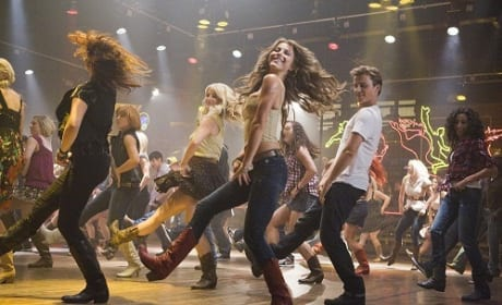 Julianne Hough Dances in Footloose