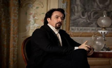 Raven Trailer: John Cusack is Edgar Allan Poe