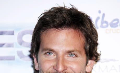 Bradley Cooper in Talks for Paradise Lost