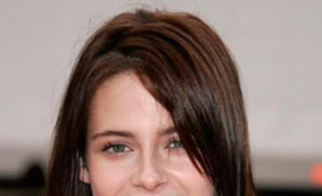 Kristen Stewart: Confident in Breaking Dawn Movie