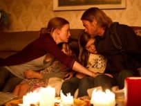 World War Z Brad Pitt Mirielle Enos