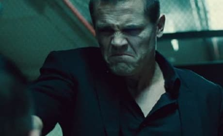 Oldboy Red Band Trailer: Why Did I Imprison You for 20 Years?