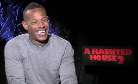 "A Haunted House 2: Marlon Wayans Says Horror & Comedy Share ""Rhythms"""