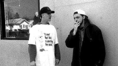 Jay and Silent Bob Loitering