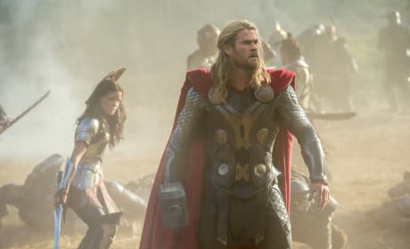 Chris Hemsworth Thor: The Dark World