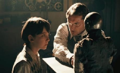 New Hugo Trailer Debuts: Martin Scorsese Redefines Magic