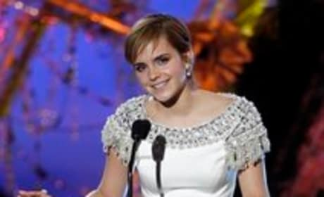 Emma Watson Presents Harry Potter Clip