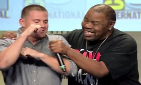 Channing Tatum & Biz Markie Do Just a Friend at Comic-Con: Watch Now!