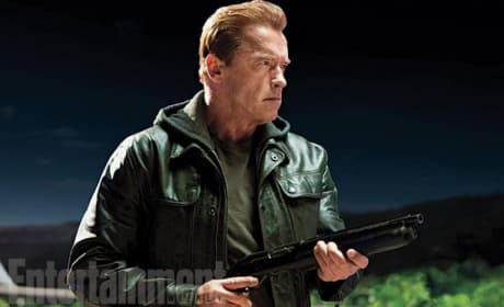 Terminator Genisys Photos: Arnold Schwarzenegger Is Back!