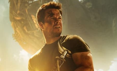 Transformers Age of Extinction Review: Bombastic Blockbuster