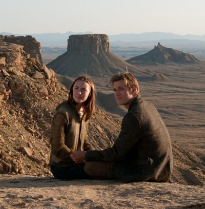 Jake Abel and Saoirse Ronan The Host