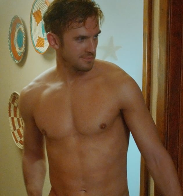 Dan Stevens Stars In The Guest