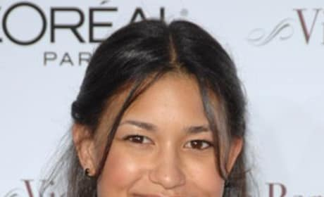 Julia Jones and BooBoo Stewart Cast in Eclipse