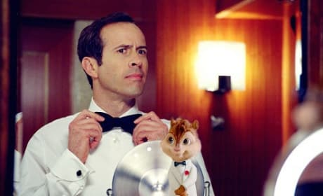 Jason Lee in Alvin and the Chipmunks: Chipwrecked