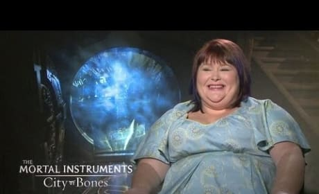 Cassandra Clare Exclusive Interview for City of Bones