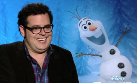 Frozen Exclusive: Josh Gad Sings Praises of Being Olaf!