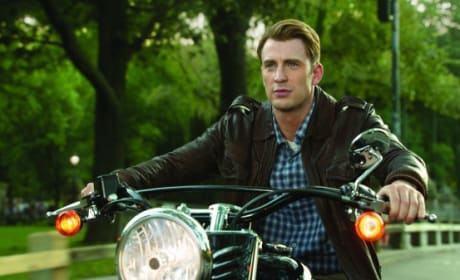 Chris Evans Stars in The Avengers