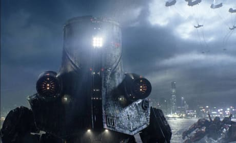 Pacific Rim Gets New Batch of Stills