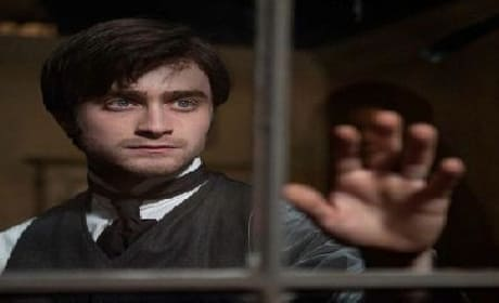 Daniel Radcliffe Haunts: New Woman in Black TV Spot