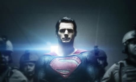 Man of Steel Gets a New Poster: Superman Gets Cuffed