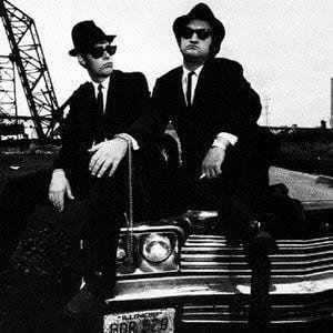 Jake Blues, Elwood Blues