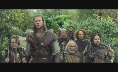 Snow White and the Huntsman Clip: A Stroll Through the Enchanted Forest