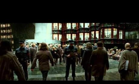 Harry Potter And The Deathly Hallows - Official Trailer 3