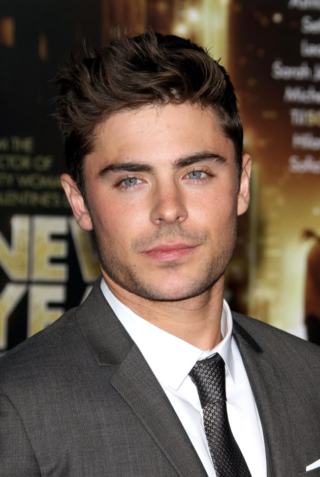 Zac Efron - Movie Fana...