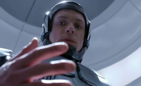 Joel Kinnaman is RoboCop