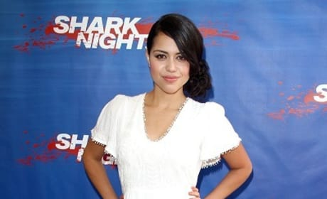 Shark Night 3D Exclusive: Alyssa Diaz Dishes