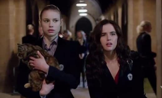 Zoey Deutch Lucy Fry Vampire Academy