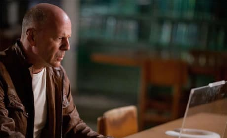 Bruce Willis Looper Still