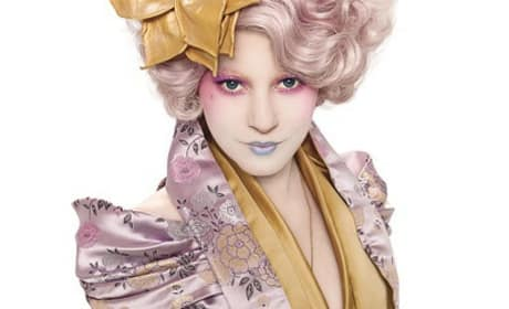 Effie Trinket is Elizabeth Banks