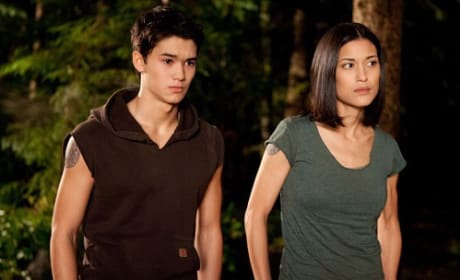 Booboo Stewart and Julia Jones in Breaking Dawn