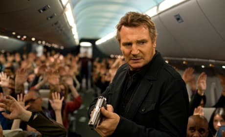 Non-Stop Photos & Poster: Liam Neeson Battles at 40,000 Feet
