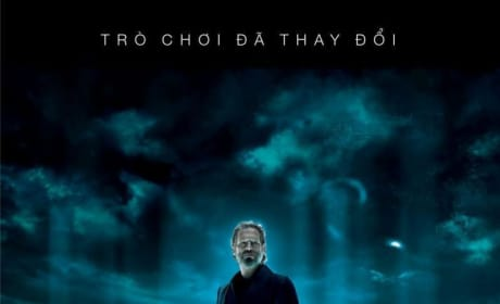 Jeff Bridges Featured on New International Tron Legacy Poster!