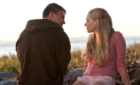 Amanda Seyfried and Channing Tatum Are a Cute Couple in These Dear John Photos!