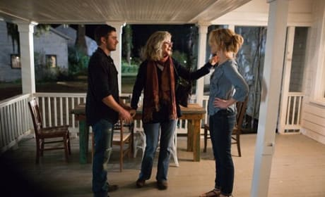 The Lucky One Movie Review: Nicholas Sparks Sap or Sizzle?