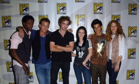 Twilight Invades Comic-Con