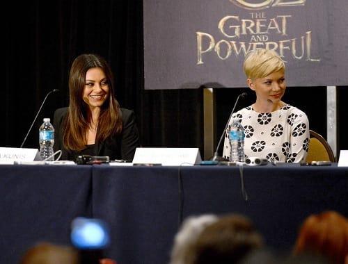 Mila Kunis and Michelle Williams Photo