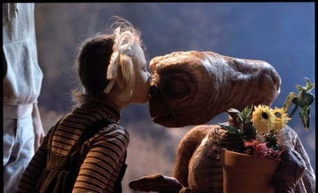E.T. Blu-Ray Review: Celebrating 30 Years