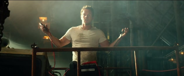 Mark wahlberg stars transformers age of extinction
