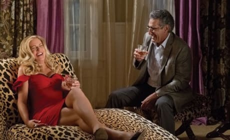 American Reunion: Eugene Levy & Jennifer Coolidge Chat Pie