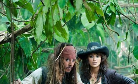Two New Pictures of Johnny Depp and Penelope Cruz in Pirates of the Caribbean: On Stranger Tides Released!