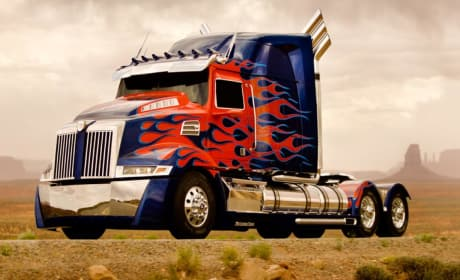 Transformers 4: Optimus Prime Has a New Look