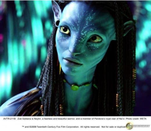 Another look at Zoe Saldana as Neytiri